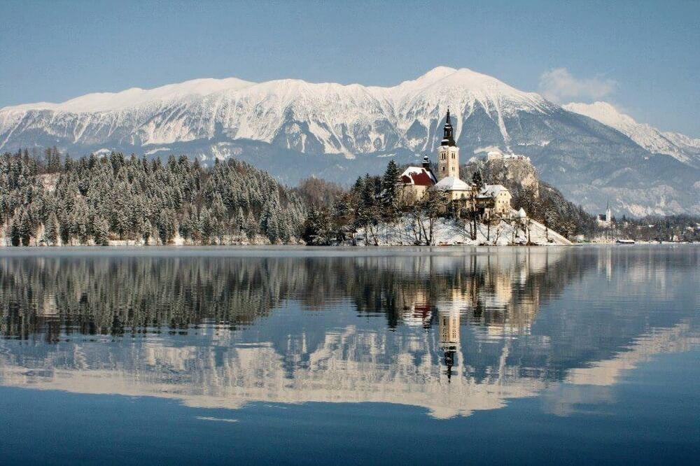 зима сказочно прекрасна, Озеро Блед, Словения