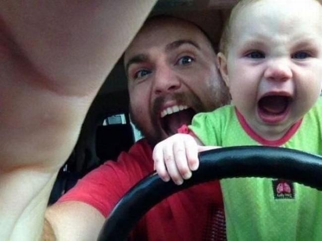 12 причин, почему вы не должны оставлять ребенка наедине с папой