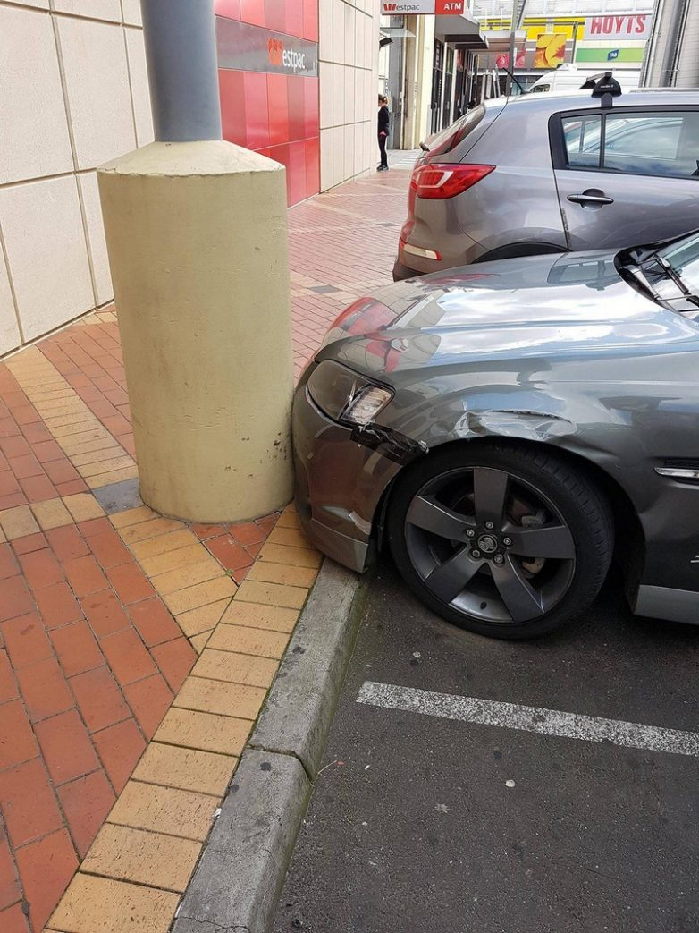 Парковка в столб