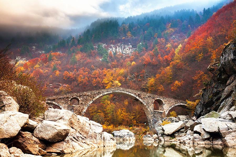 Удивительные мосты, Чертов Мост в горах Родопы, Болгария