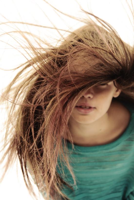 10 непреодолимо милых вещей, которые делают женщины - волосы