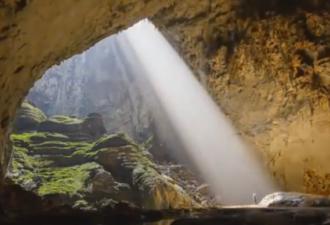 Таинственный мир в пещере