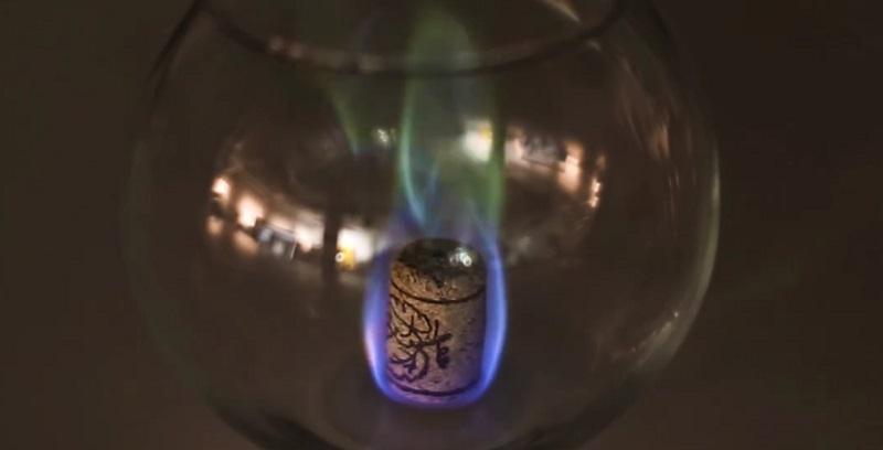 пробки от винных бутылок - как свечка