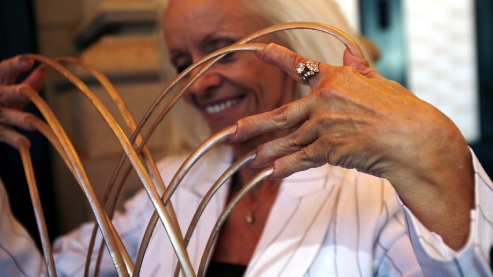 необычные рекордсменки Книги рекордов Гиннесса, Самые длинные ногти