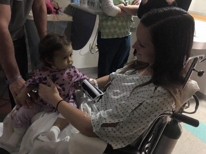 Няня ухаживала за смертельно больным ребенком