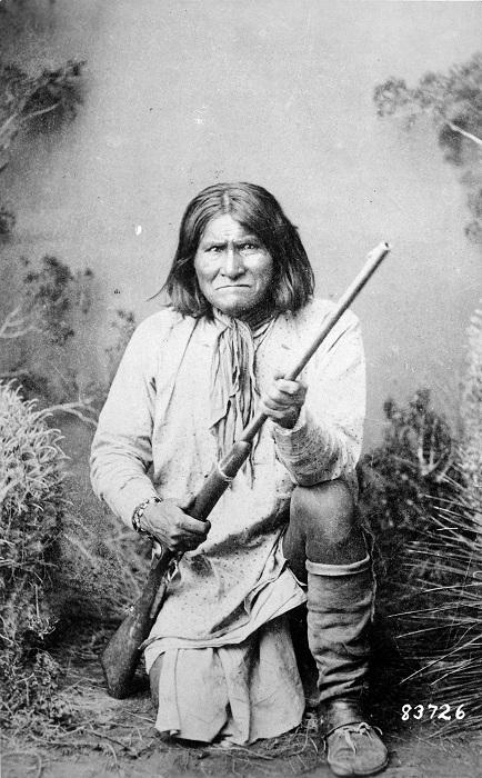 боевых кличей, апаче
