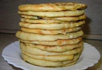 Домашние лепёшки с сыром