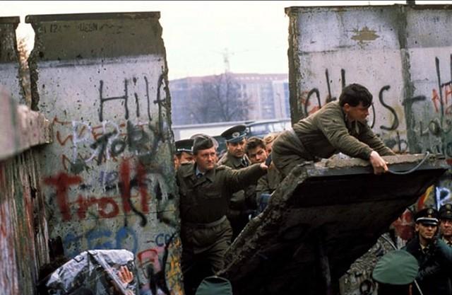 Роковые случайности, Падение Берлинской стены