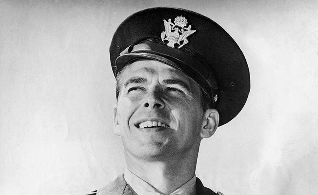 Знаменитости на войне, в армии и жизни