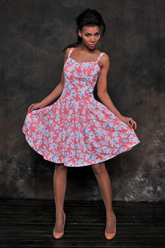 модных фасонов платьев